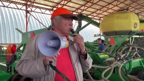 Посещение базы сельхозтехники. День поля ноутил в АО «Усть-Медведицкое» (Волгоградская область)