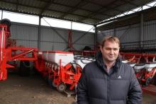 Использование современных технологий позволило хозяйству за пять лет поднять урожайность основных культур на 10 ц/га