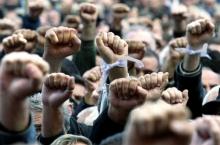 В Молдавии сельхозпроизводители устроили массовую акцию протеста, перекрыв в нескольких местах национальные автотрассы.